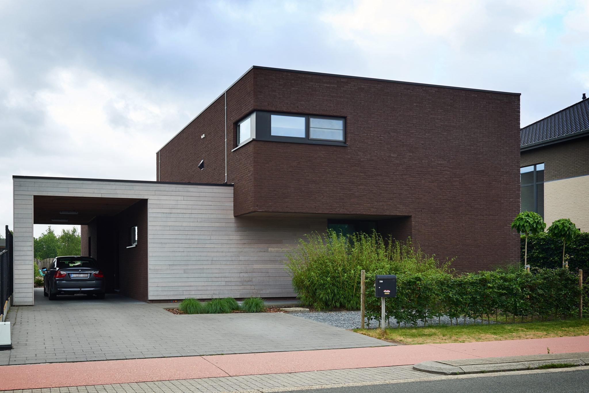 Eengezinswoning lommel architectenbureau jessi decsi for Moderne laagbouw woningen